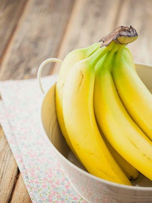 25 FOODS THAT BANISH BLOAT