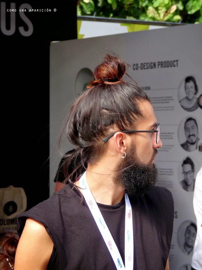 comounaaparicion-streetstyele-colombiamoda-lentes-peinados-barba-camisetas