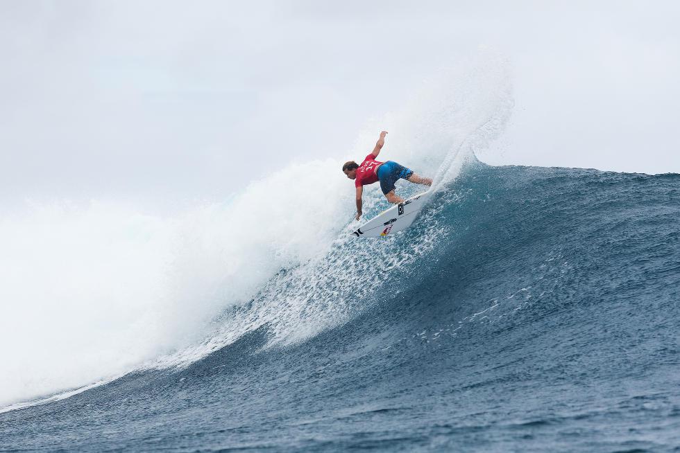 18 Julian Wilson Billabong Pro Tahiti 2015 Foto Stephen Robertson