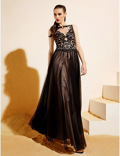 Vestido Princesa de Tul Bateau Negro
