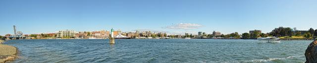 Victoria BC Tourist - Panoramic photo of Victoria Harbor