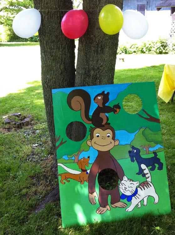 Monkey Toss. & Ecoleeko: Curious George DIY Birthday Party Ideas- Games