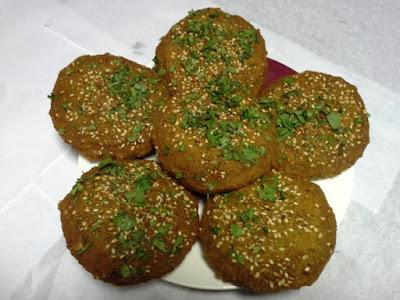 طريقة عمل الطعمية المصرية مثل المطاعم,  طريقة عمل الطعمية المصرية,  طريقة عمل الطعمية, الطعمية المصرية,  الطعمية