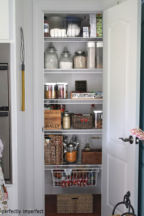 iheart organizing blogger spaces organized pantry round up