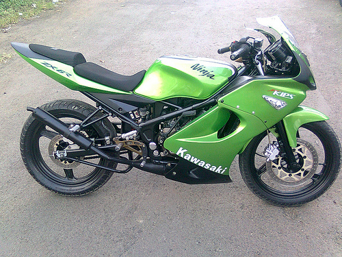 Gambar Modifikasi Kawasaki Ninja 150 R