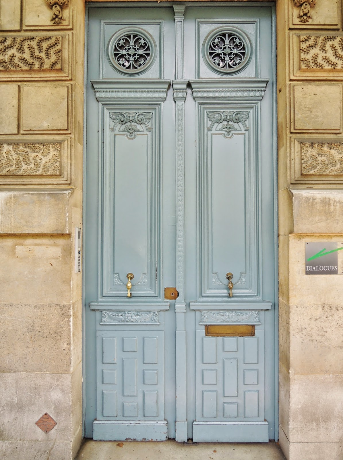 Paris, door