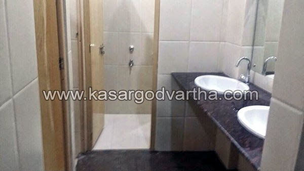 Kasaragod, Kerala, Public-toilet, Municipality, T.E Abdulla, Bus Waiting Shed, E-Toilet, Wash, Hotels, Old Bus Stand, Kasaragod to get high tech E- toilets