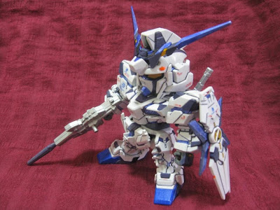 BB戦士 / RX-0 UNICORN GUNDAM スミ入れ/部分塗装作例