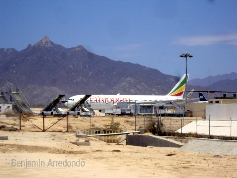 Por los cabos el aeropuerto de los cabos un d a antes de - Aeropuerto de los cabos mexico ...