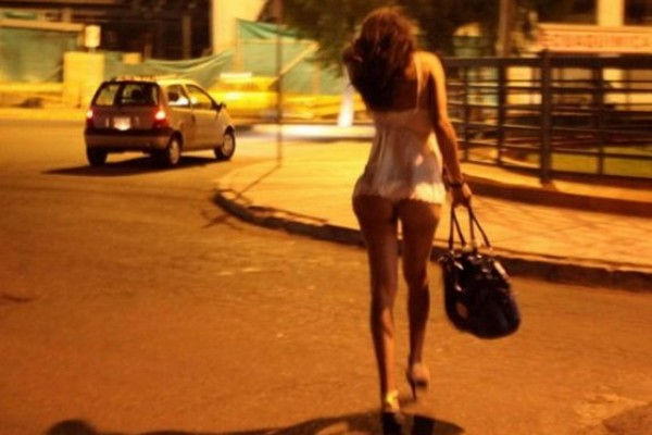prostitutas coche vestidos de prosti