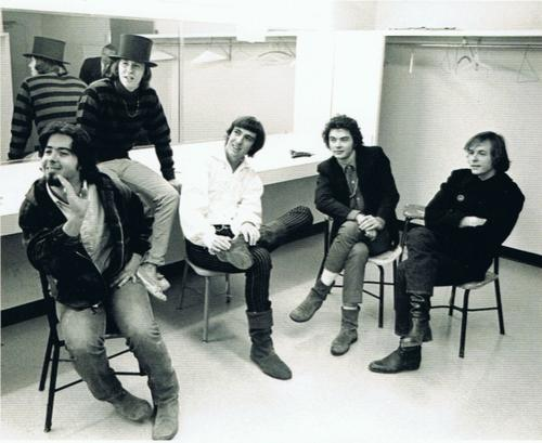 Mil e um the psychedelic sounds of the 13th floor for 13th floor elevators roller coaster