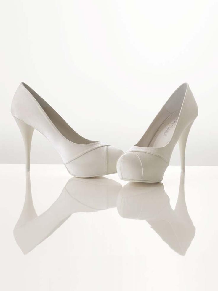 http://www.rosaclara.es/v3/es/complemento/zapato/65-11--51Z09.html
