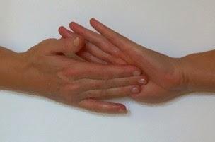 coceira nas mãos