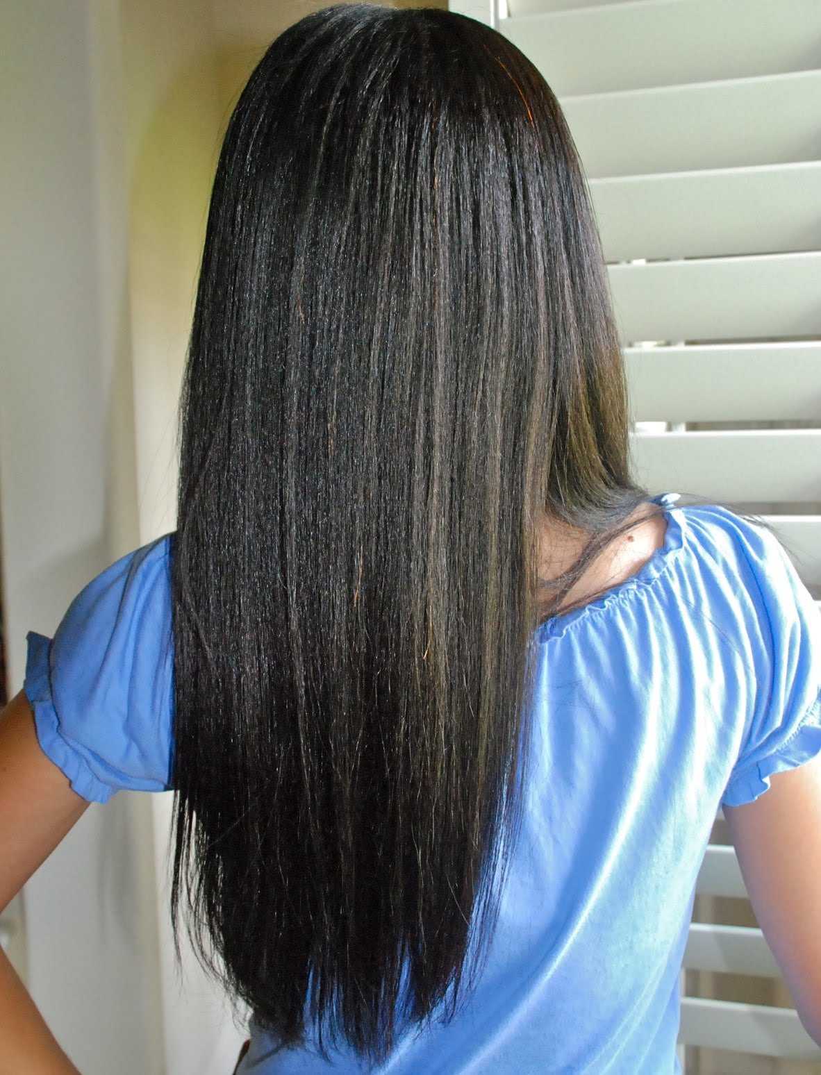 Healthy Relaxed Hair Feature: How does she get such perfect hair
