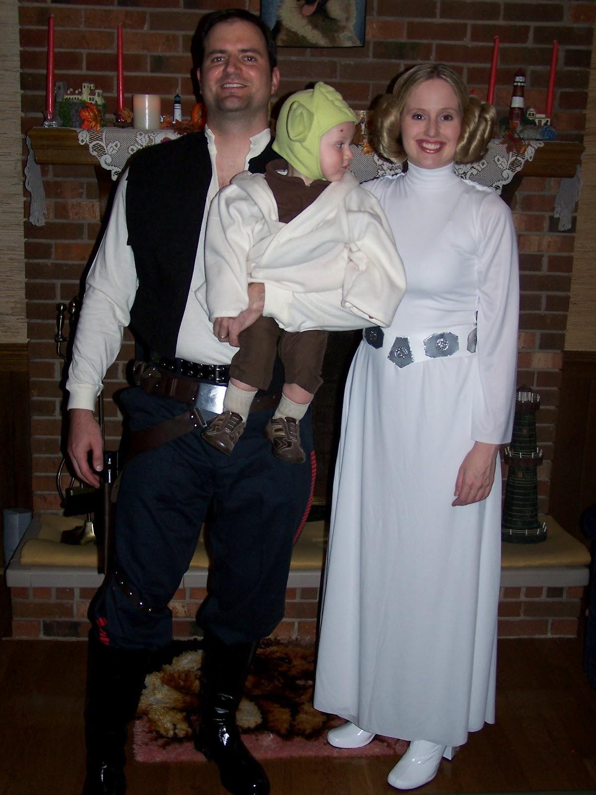 yoda halloween costumes 100 family halloween costume ideas baby halloween