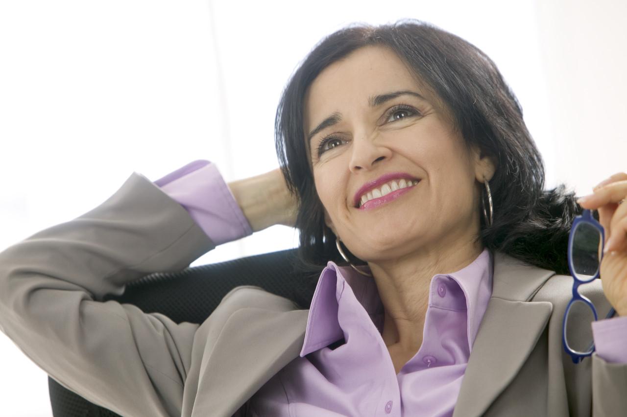 Смотреть совети опрактичних и делових прическах женщинам 45 50 лет 7 фотография