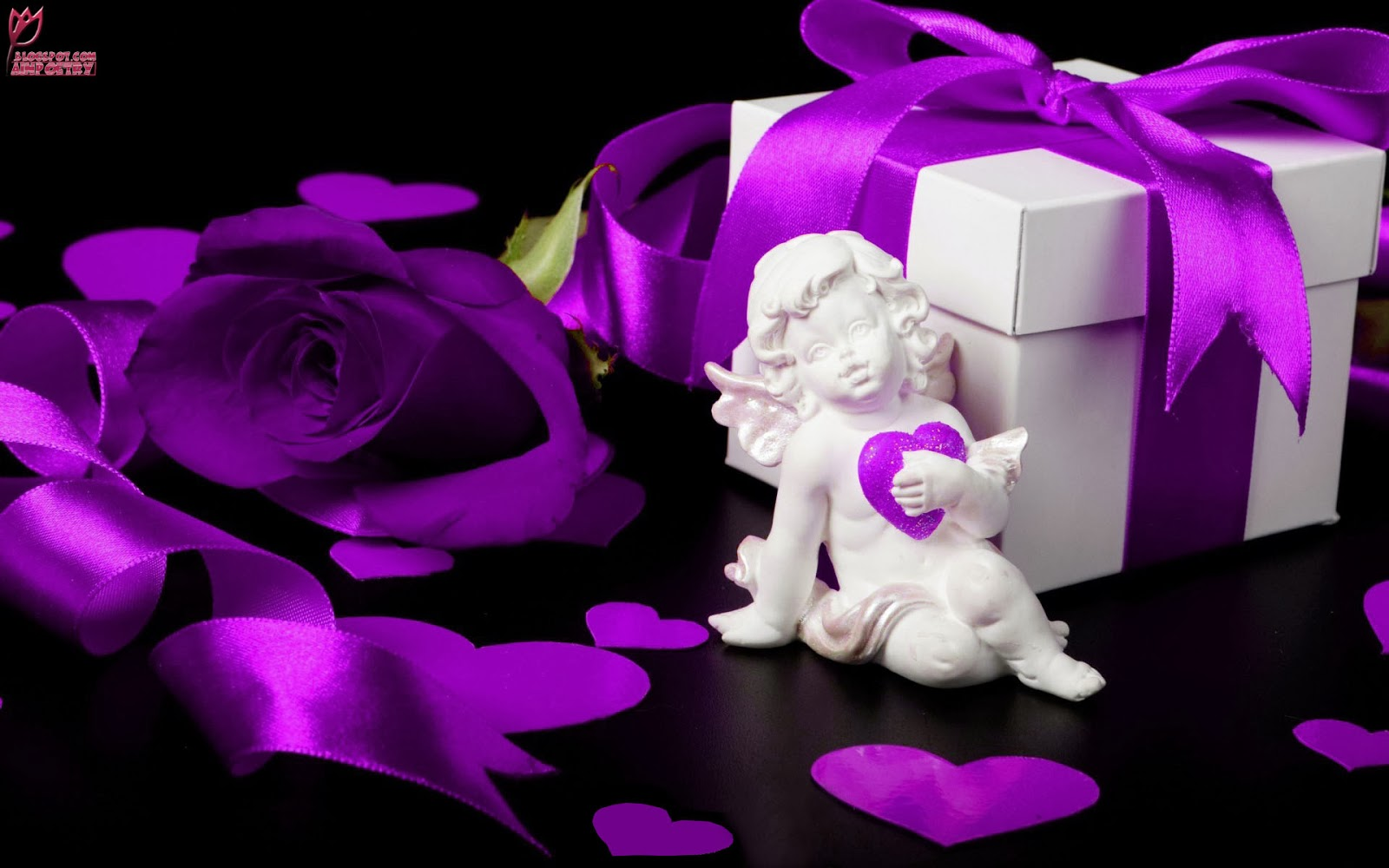 Happy-Valentine's-Day-Wishes-Wallpaper-With-Special-Gift-Image-HD-Wide