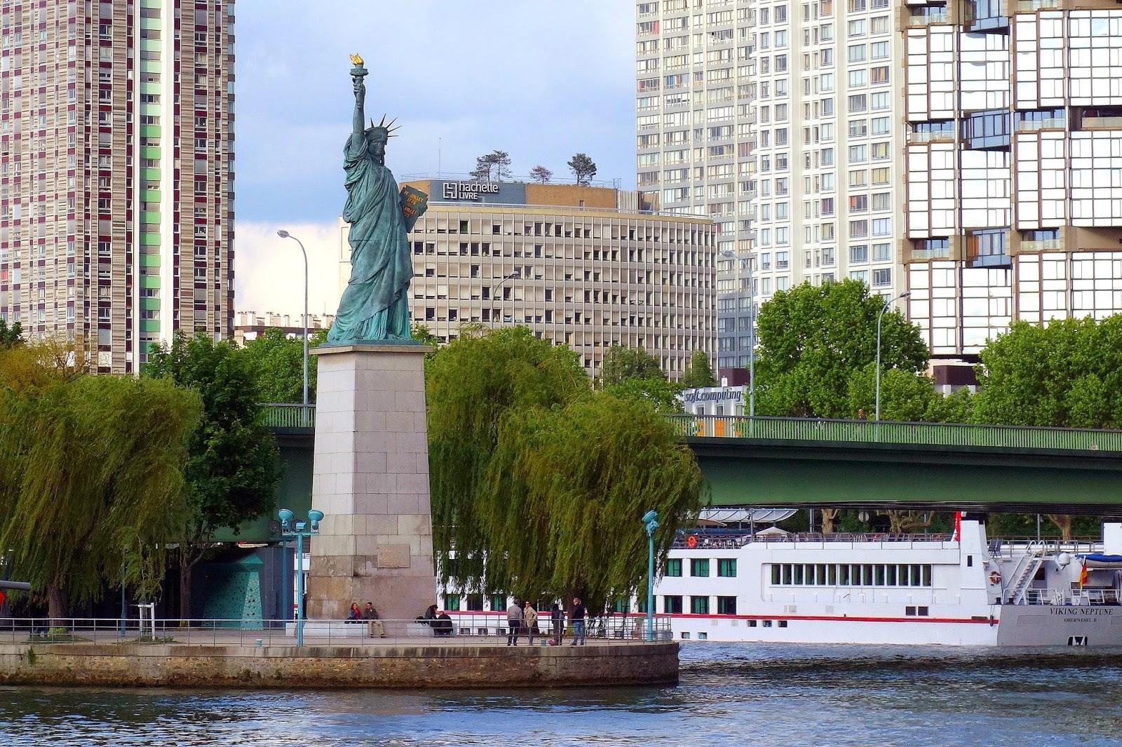 Top Paris : Statues de la Liberté, les cinq parisiennes | Paris la douce FN98