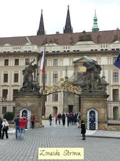 castelul-praga-intrarea-principala