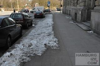 """Fake-Winterdienst: """"Geräumter Radweg"""" Gorch-Fock-Wall"""