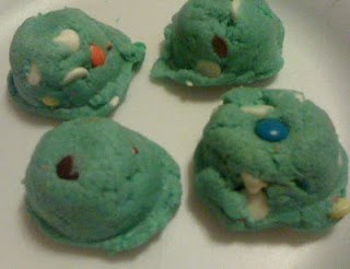 blue m&m cookies