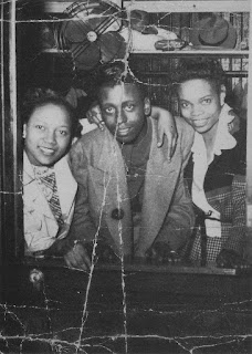 Goree Carter with fans early 1950s