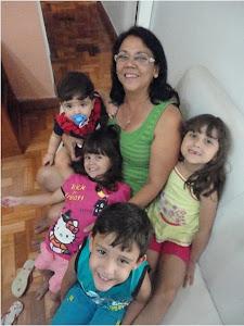 Vovó Sonia e 4 dos sete netos