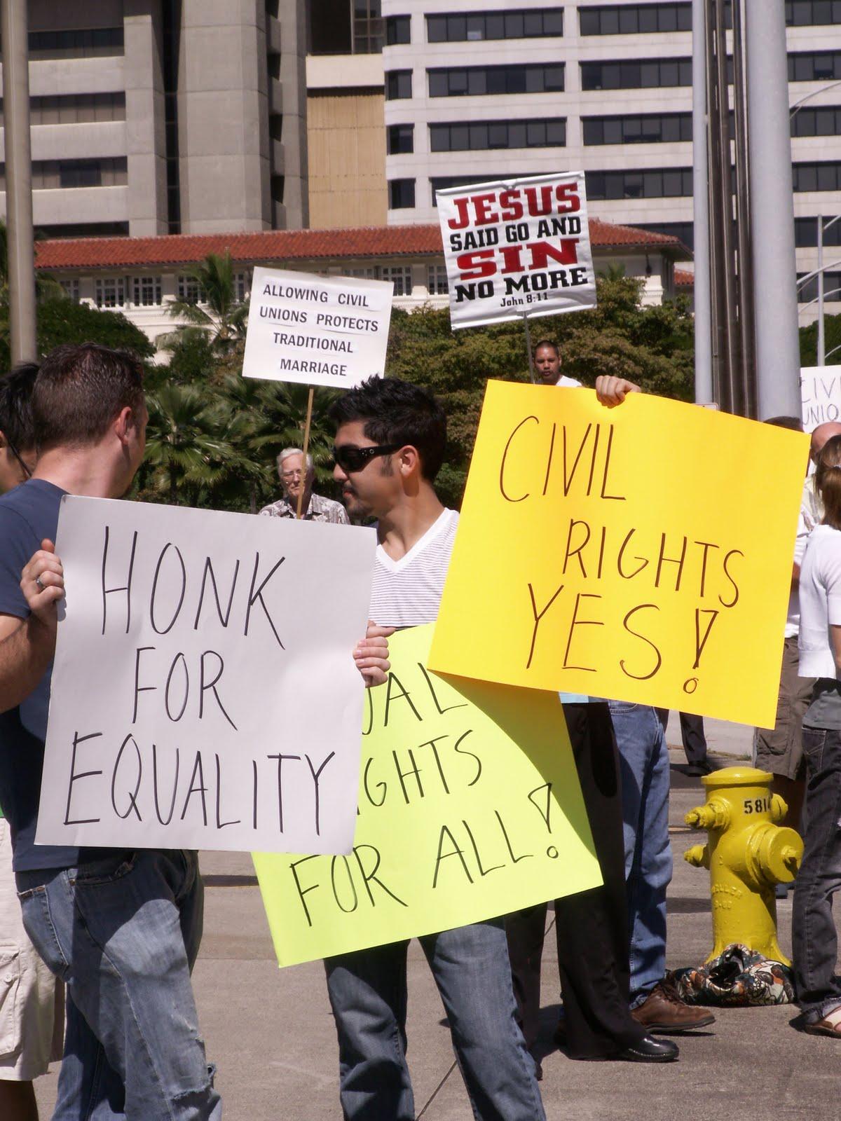 http://2.bp.blogspot.com/-C5F_qxyEIXU/S1SUcVjW6GI/AAAAAAAAAtU/WsZ5GRv2Ei0/s1600/gay+rally.JPG
