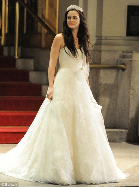 Fashion beauty vera wang dresses blair in wedding dress for Wedding dress blair waldorf