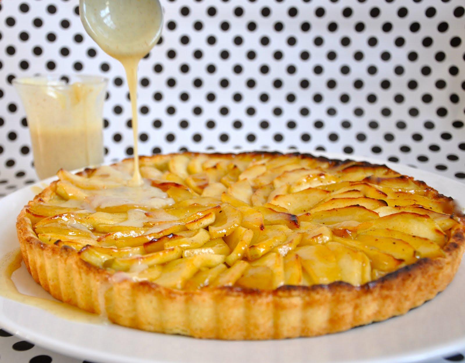 TheFoodClass: French apple tart with vanilla & caramel sauce