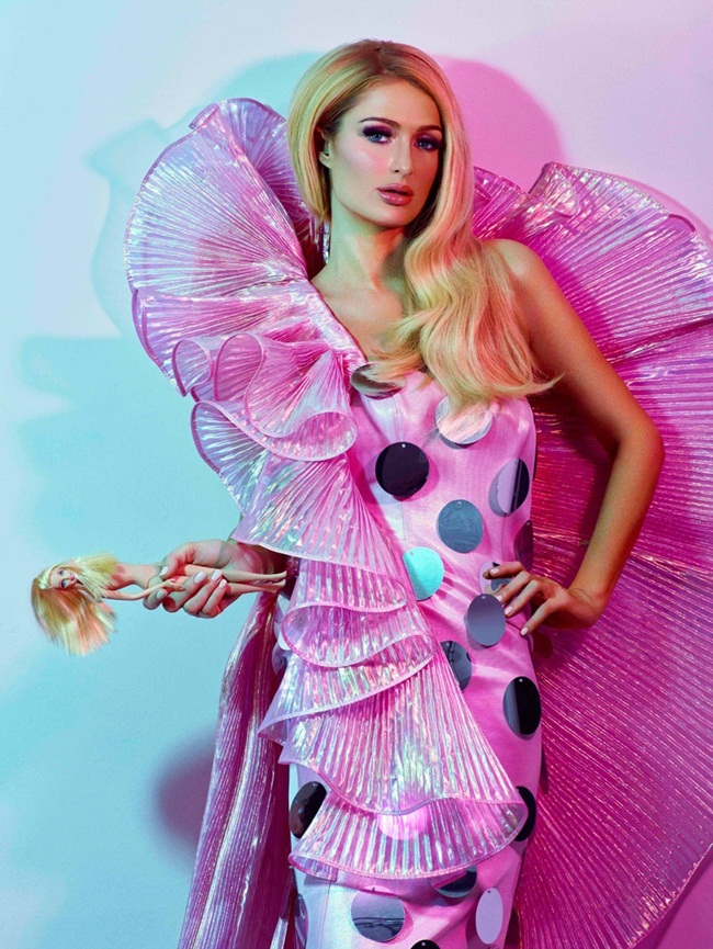 Moschino 2015 SS Barbie Pink Beauty Queen Gown Editorials