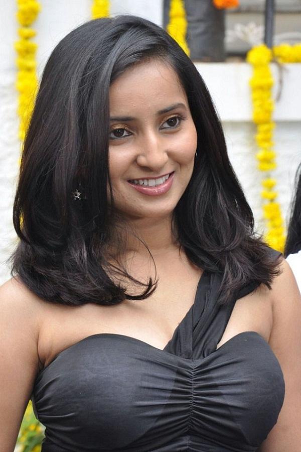 indian beauties vishika singh