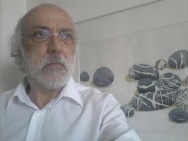 Ανδρέας Ανδρέου, γραμματέας της ΟΕΚΑΙ και διαχειριστής του ΔΕΛΤΙΟΥ