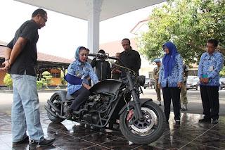 Pria Ini Bikin Motor Bermesin Mobil, Klaimnya Hanya Ada Satu Di Indonesia, Ini Kelebihanya