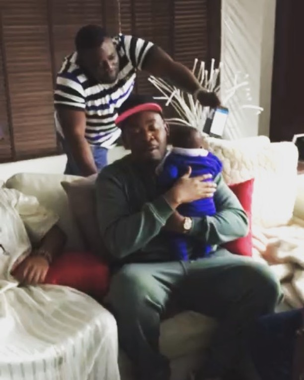 "Fans Come for Don Jazzy ""Try Born Your Own This Year"" for Carrying a Cute Baby (See Photo)"