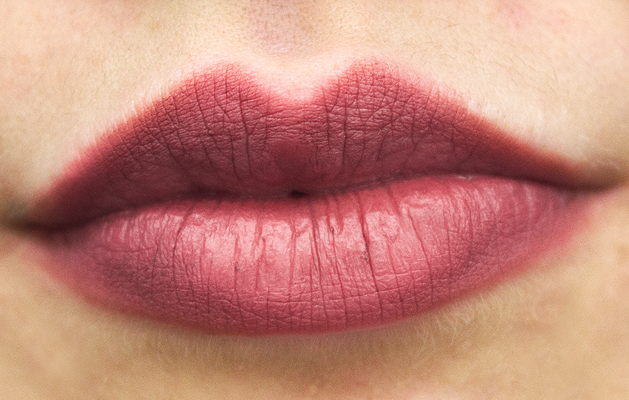 MAC Whirl, MAC Whirl Kylie Jenner, Kylie Jenner lip shade, Kylie Jenner Whirl, 90s lip