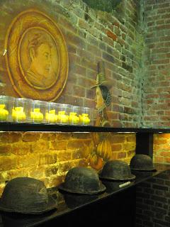 Interior de la chocolatería Patrick Roger en Bruselas