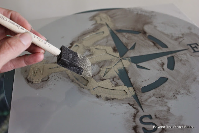 stenciling, paint, fusion mineral paint, http://bec4-beyondthepicketfence.blogspot.com/2015/05/fusion-mineral-paint-giveaway.html