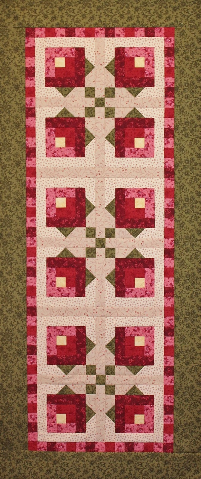 Quilting for kitchen, table & wall on Pinterest Quilted Table Runners, Table Runners and Table ...