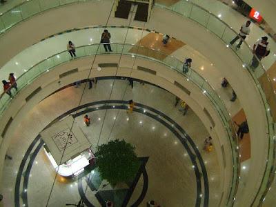 mall atrium plaza jakarta