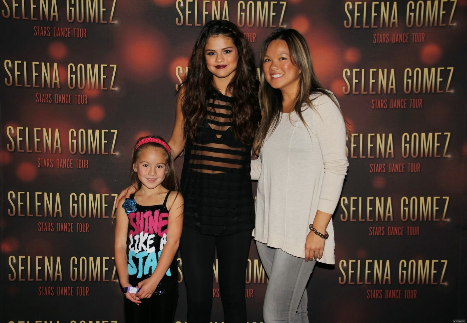 Selena Gomez Stars Dance Meet And Greet Image Collections