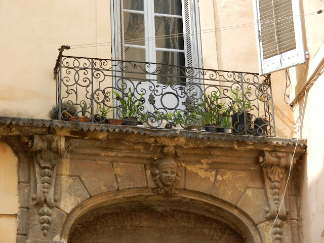 My Faux French Chateau: Favorite French Things Friday - Ornamental ...