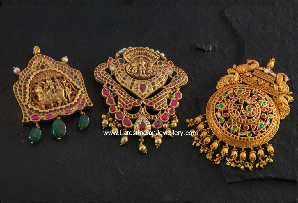 temple jewellery gold pendants design
