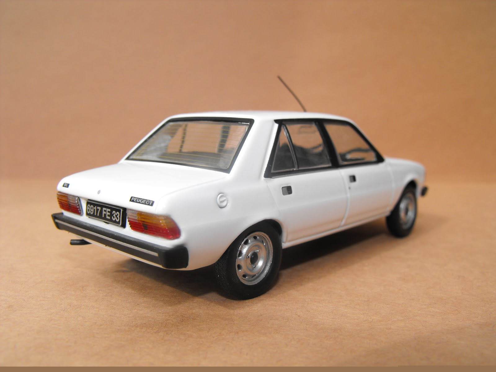 305 s successor was the peugeot 309 click here