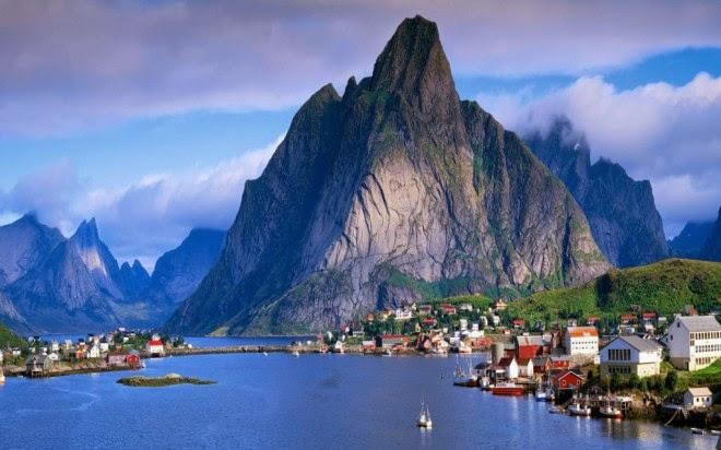 Fotografia de Reine en Noruega