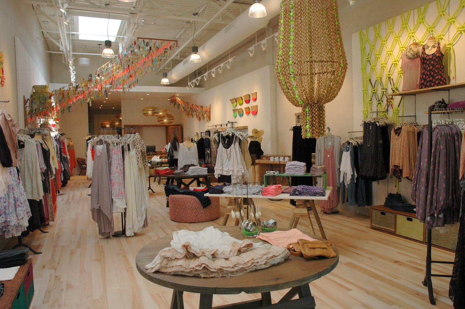Copper maven new free people at the jersey shore for Free people store decor