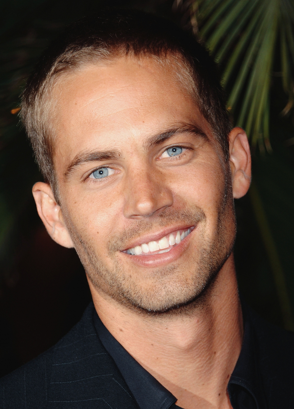 Rainbow Colored South: Sexy Saturday -- Paul Walker!!!