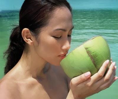 Uống nước dừa có lợi cho sức khỏe