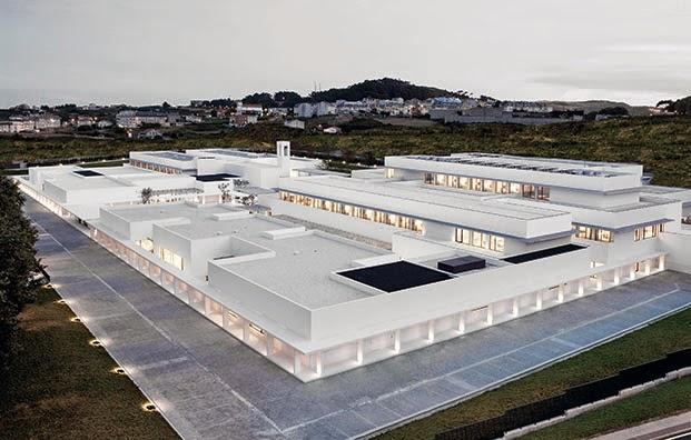 Galicia cool magazine amancio ortega hace posible la - Arquitectura de interiores coruna ...