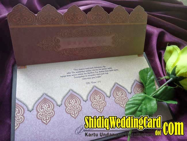 http://www.shidiqweddingcard.com/2015/04/hardcover-ac-40.html